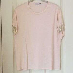 Zara Peach T-shirt with Strands of Pearls